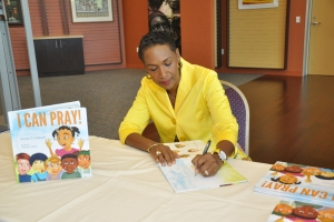 2013_I_Can_Pray_Book_Signing_06
