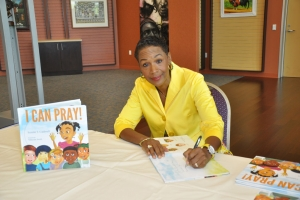 2013_I_Can_Pray_Book_Signing_07