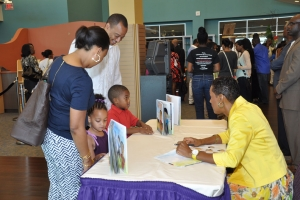 2013_I_Can_Pray_Book_Signing_12