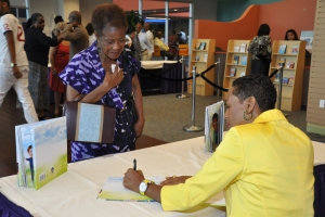 2013_I_Can_Pray_Book_Signing_14